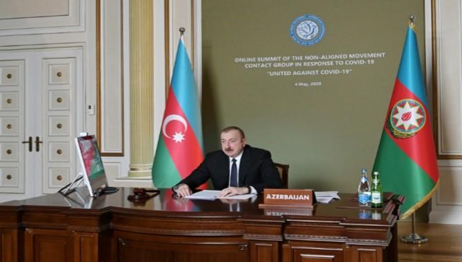 """Aliyev; """"Covid-19'u karşılıklı destek, öz kontrol ve ortak çabalarla yenebiliriz."""""""