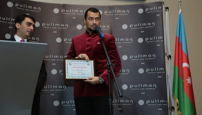 Atakan Taşur'a, Azerbaycan'da 'Gençlerin Dostu Milli Mükafatı' Ödülü