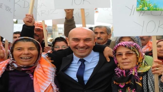 Başkan Soyer'e Şeffaf Belediyecilik Ödülü