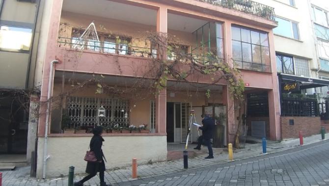 Nazım Hikmet'in İstanbul Kadıköy'de yaşadığı evin SESSİZ ÇIĞLIKLARI…