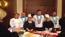 1. Gurme Çikolata Festivali 'nden Damla Solak ve Gözde Güven Altın madalya ile döndü.