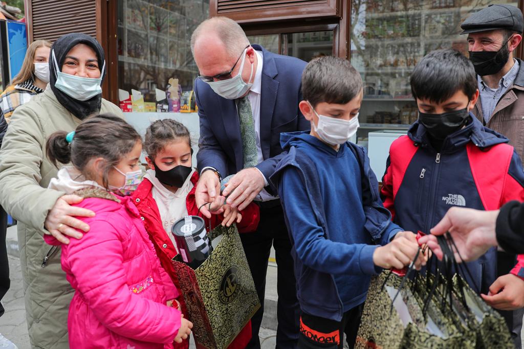 Sivas'ta çölyak hastalarına Ramazan desteği