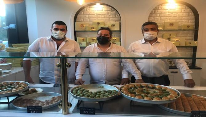 Ünlü Şef Karaman, Halil Usta Markasıyla Glutensiz Baklava Satacak