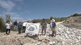 Habbele Koyu'ndaki büyük tahribata karşı ada halkı sesini yükseltiyor