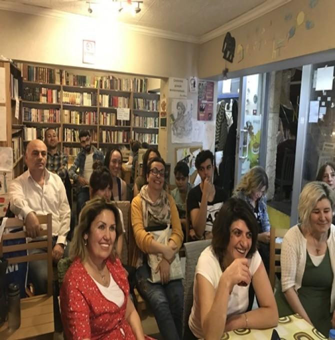 İkramettin Karaman'dan 'Evrenin Sırları Renklerde Gizli' Söyleşisi